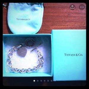 Return to Tiffany toggle bracelet